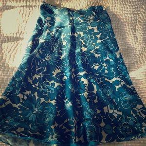 Stacia a line skirt women's medium.